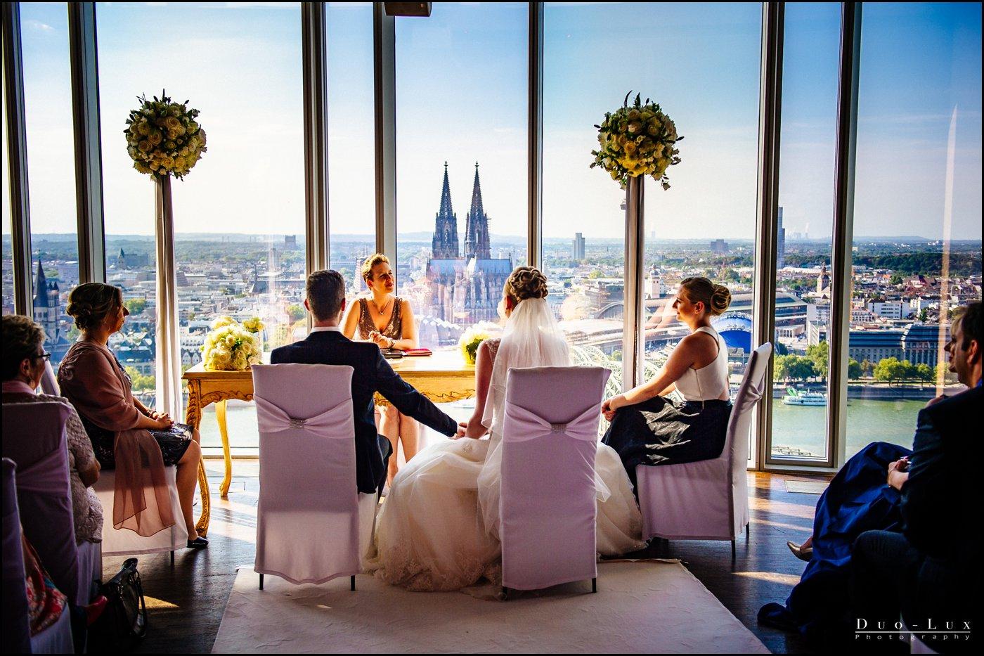 Hochzeit Im Kolnsky Als Hochzeitsfotograf In Koln